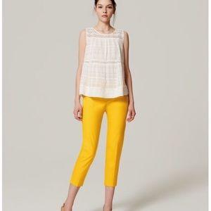 Loft yellow Capri Pants in yellow. Size 0P